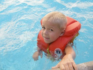 apts nevada: pool safety